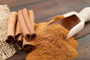 cinnamon-sticks-and-powder-